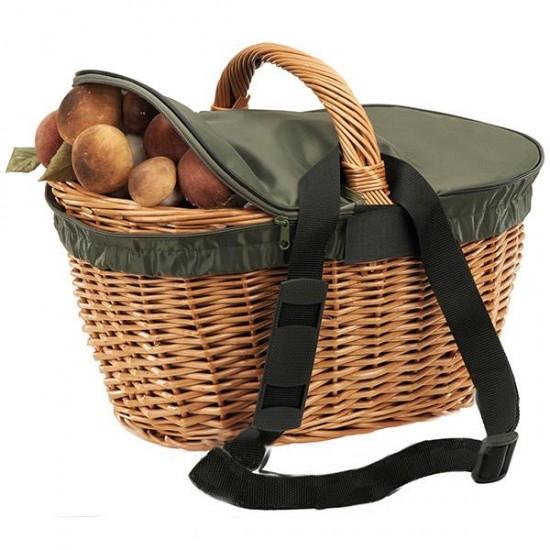 Wicker basket with green zipper lid