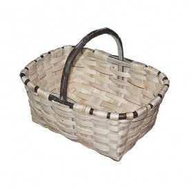 Natural chestnut Labrador basket No. 1