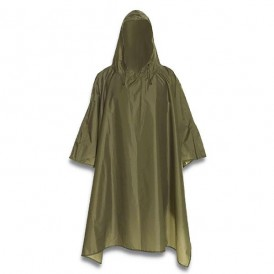 Poncho impermeable verde 830