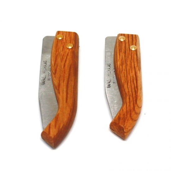 Pedrajas small holm oak barrelled pocketknife