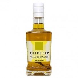 Boletus olive oil with sprayer