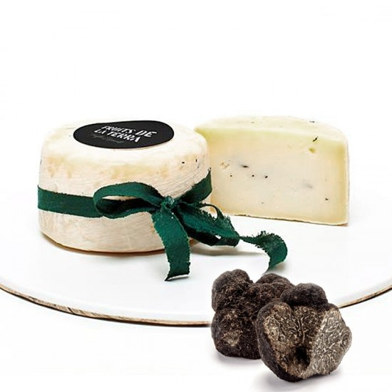 Artisan sheeps cheese with black truffles
