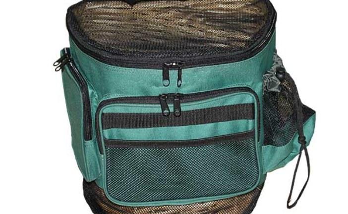 Dos modelos de mochilas para recolectar setas y hongos